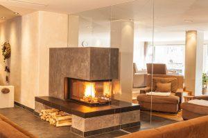 Ofenbau Neuner Tirol Kamin Lounge